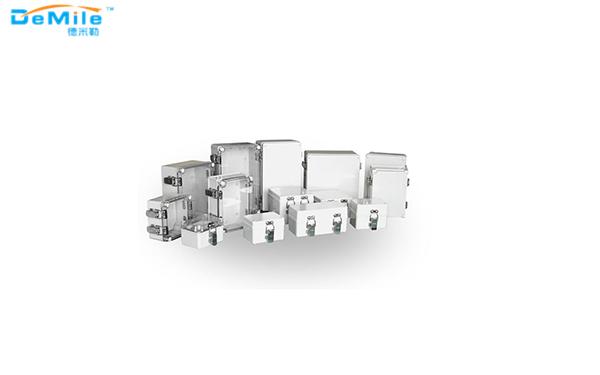 不锈钢搭扣+铰链型betway必威登陆盒_塑料盒_betway必威登陆盒